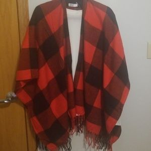 💋Red and Black Stripes Poncho💋